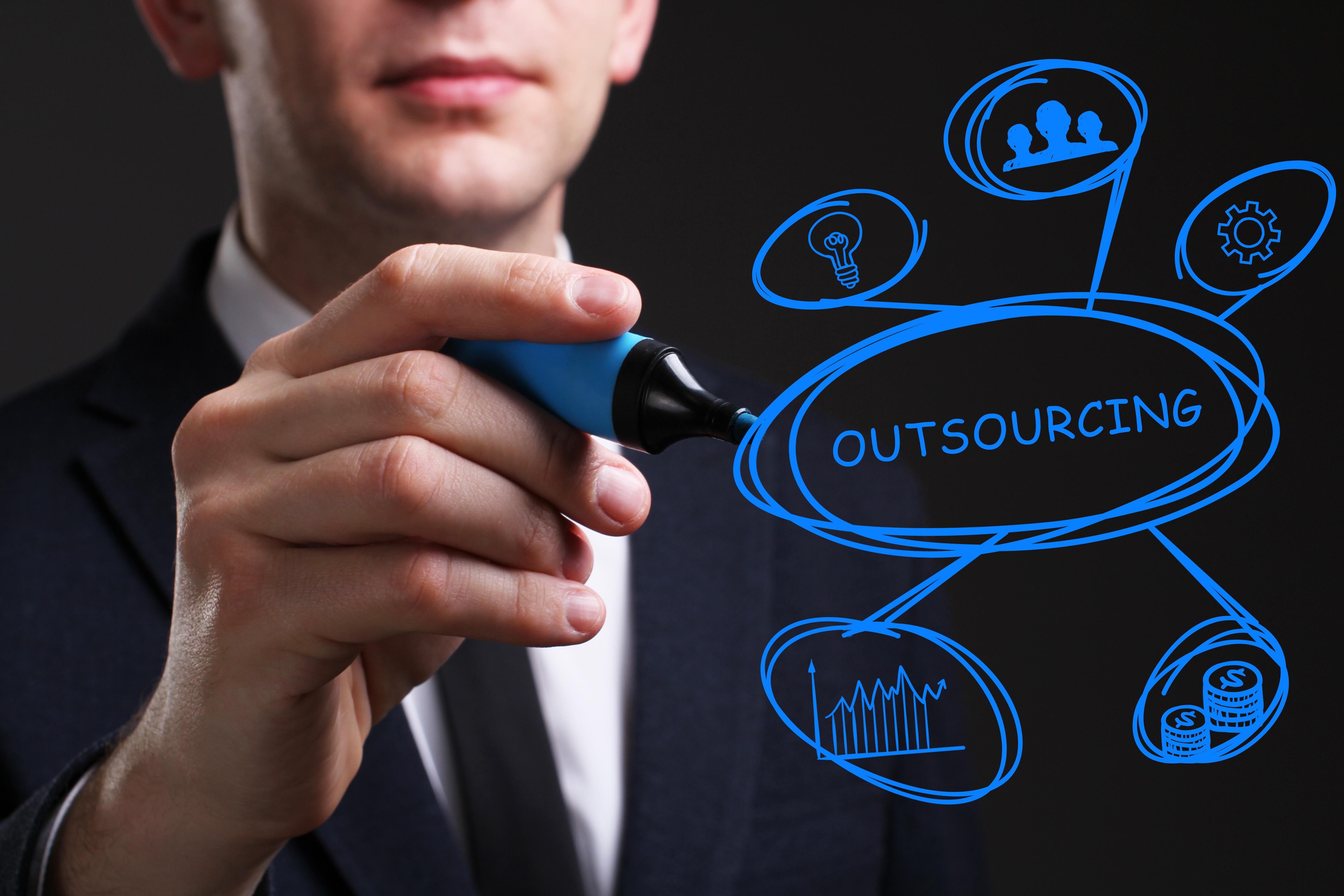 販売管理クラウドの導入メリットとソフト版との違い