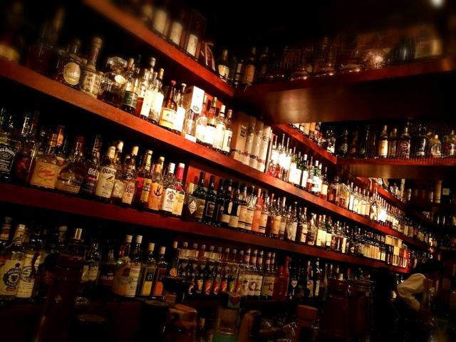 酒類、アパレルにおける販売管理について